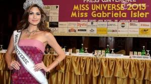 Miss Universe 2013, Gabriela Isler kerna dianggap sebagai ikon pornografi