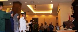 Walikota Depok, Nur Mahmudi Ismail melantik pejabat baru di jajaran Pemkot Depok, Jumat (7/2). Sebanyak 93 pejabat baru dilantik.
