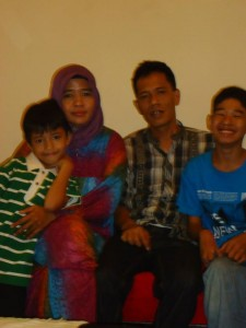 Rusdy keluarga, azra dan aris