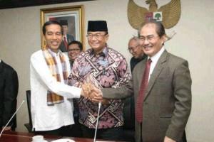 Capres Jokowi mengadakan pertemuan dengan Ketua DKPP Jimly Asshidiqie yang difasilitasi tokoh-tokoh agama Islam