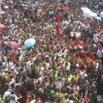 Luapan massa menunggu Jokowi di Bundaran HI. Foto foto: desfandri